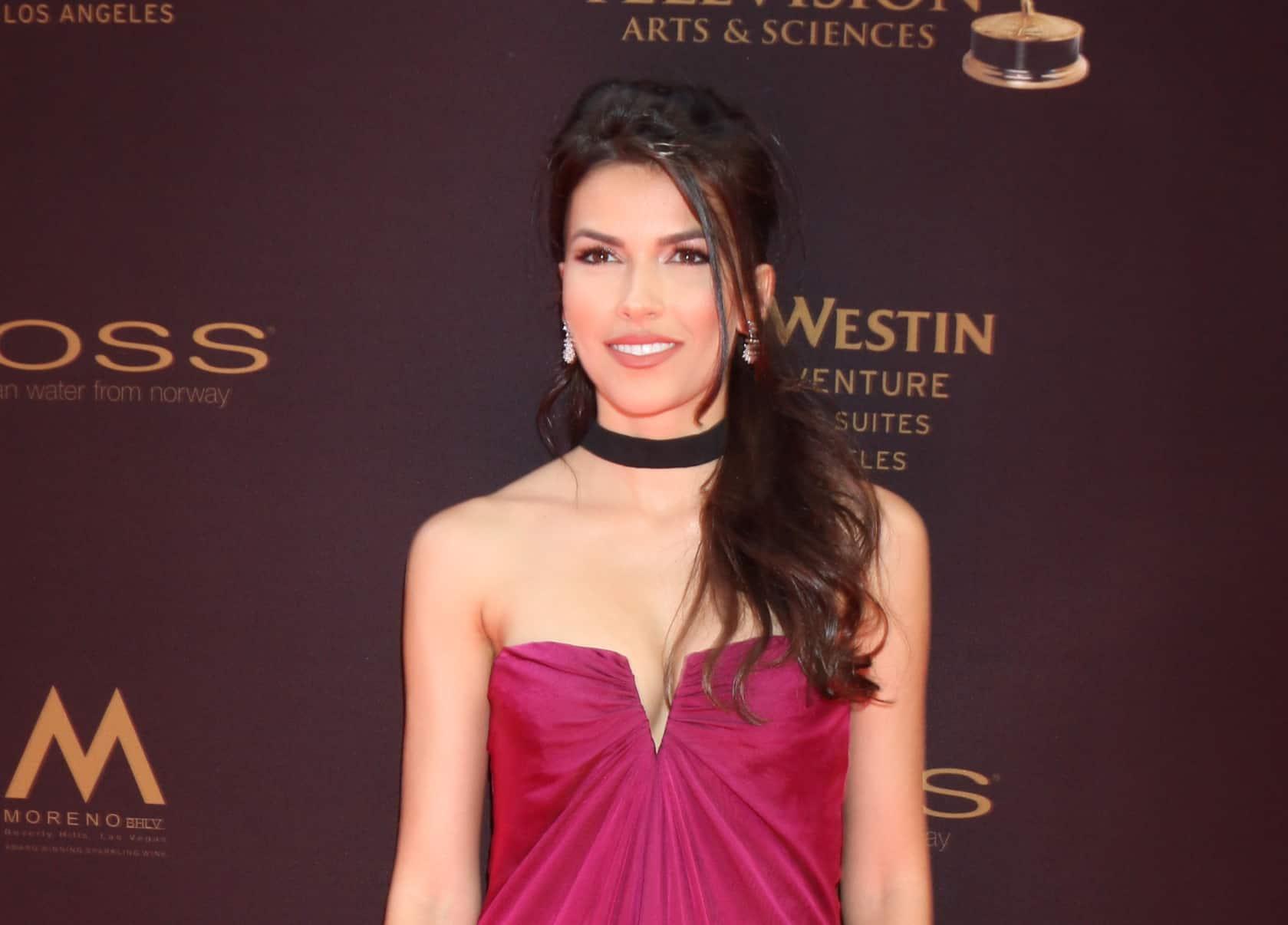 Actress Sofia Pernas