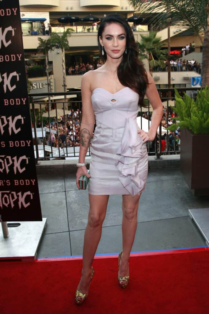 Megan Fox at the Jennifer's Body Hot Topic Fan Event