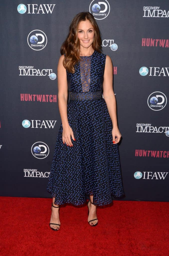 Minka Kelly at the Huntwatch Red Carpet Event