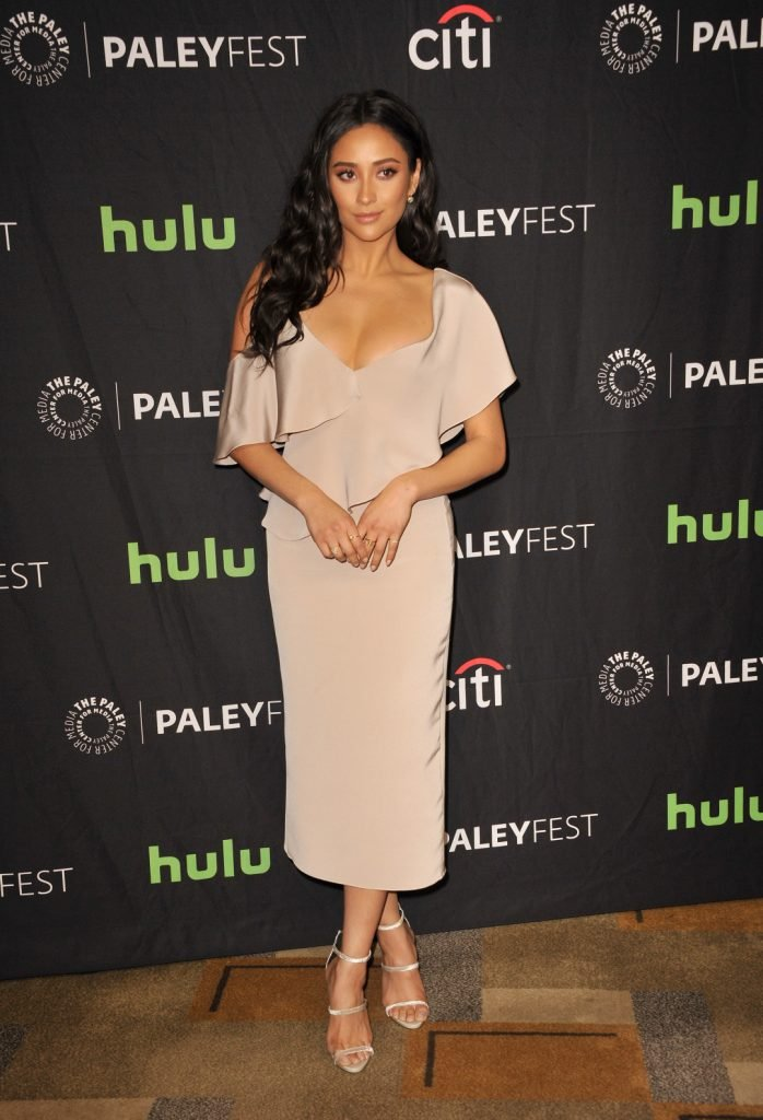 Pretty Little Liars Actress Shay Mitchell