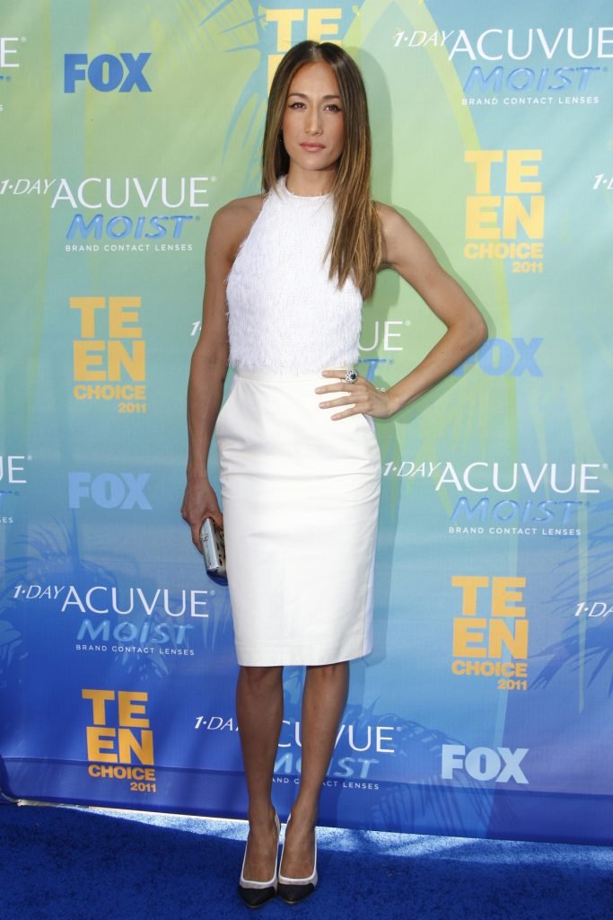 Maggie Q arrives at the Teen Choice Awards