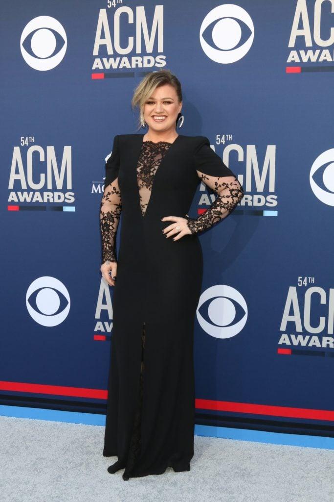 Singer Kelly Clarkson