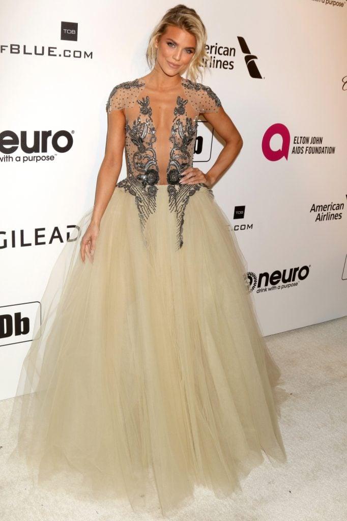 AnnaLynne McCord at the Elton John Oscar Viewing Party