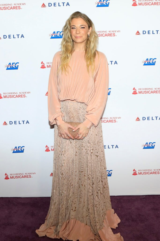 Leann Rimes at Los Angeles Convention Center