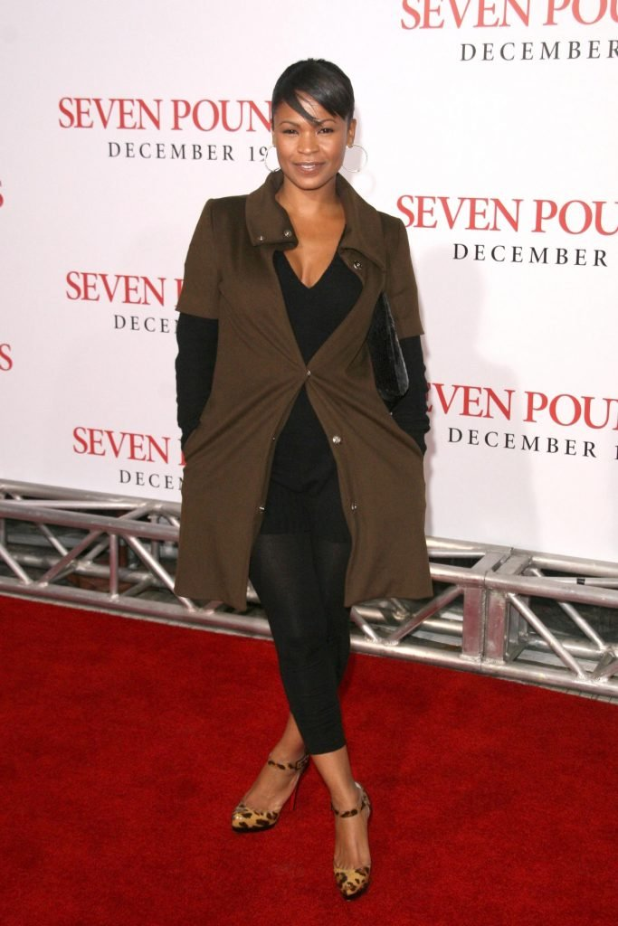 Nia Long at Premiere of seven pounds